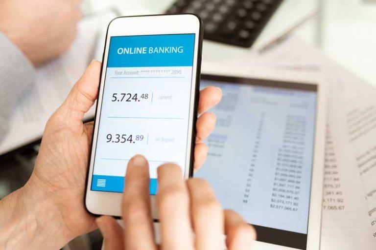 Mehr Cyberkriminelle und-weniger Sparkassenschalter